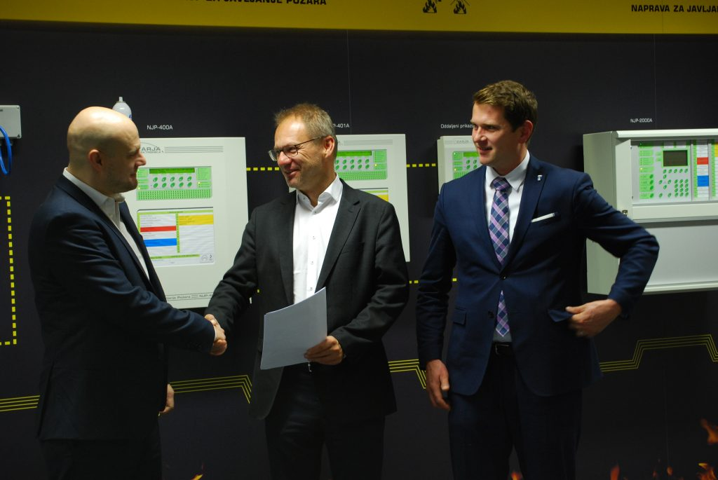 Cooperation Agreement - Zarja Elektronika and Theobroma Systems